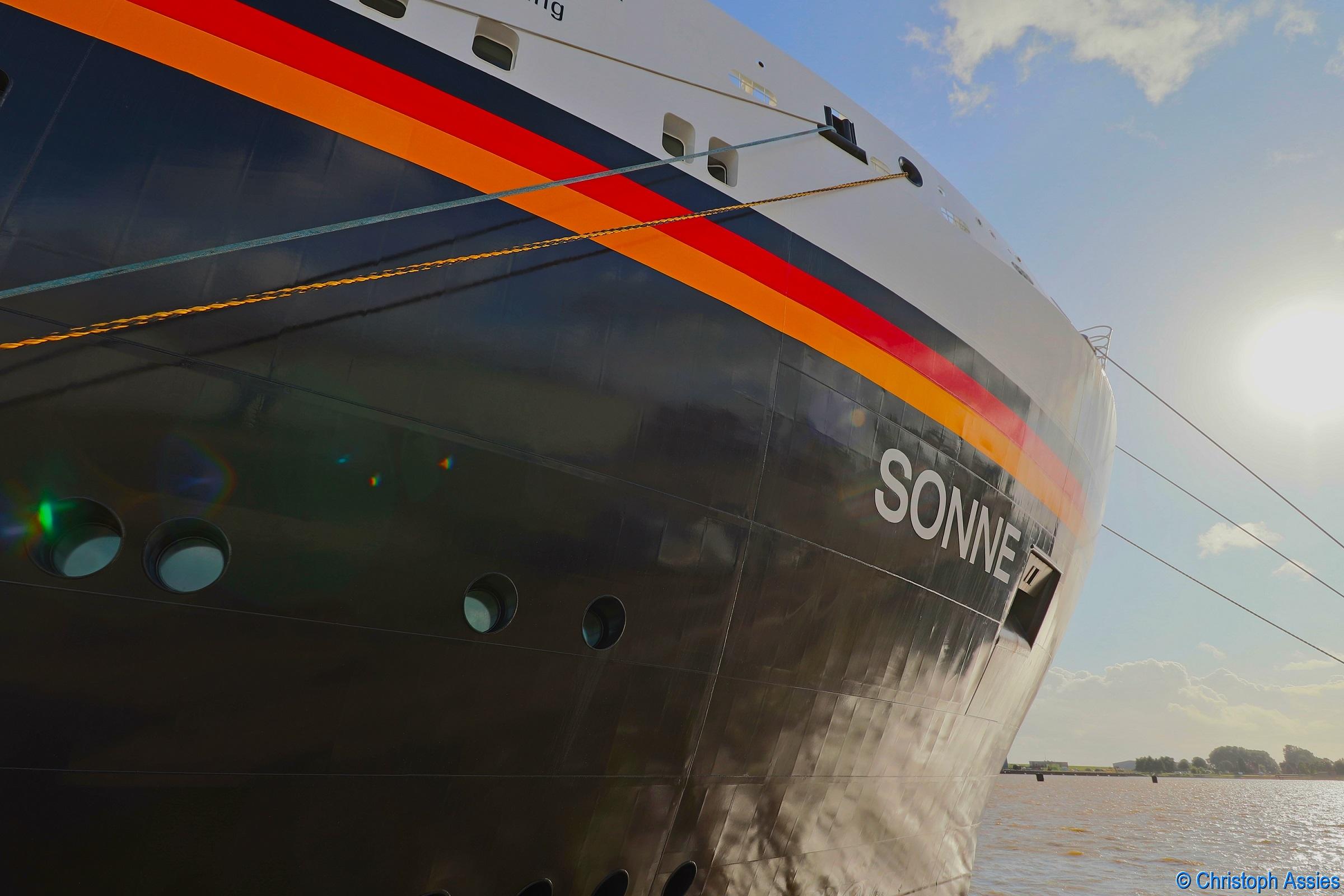 Forschungsschiff SONNE in Emden. Foto: Christoph Assies